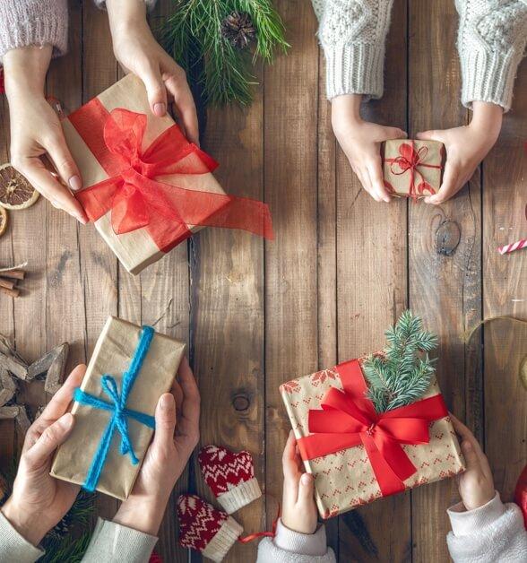 Купить подарок девочке на новый год — необычные и оригинальные новогодние  подарки на OZON.ru