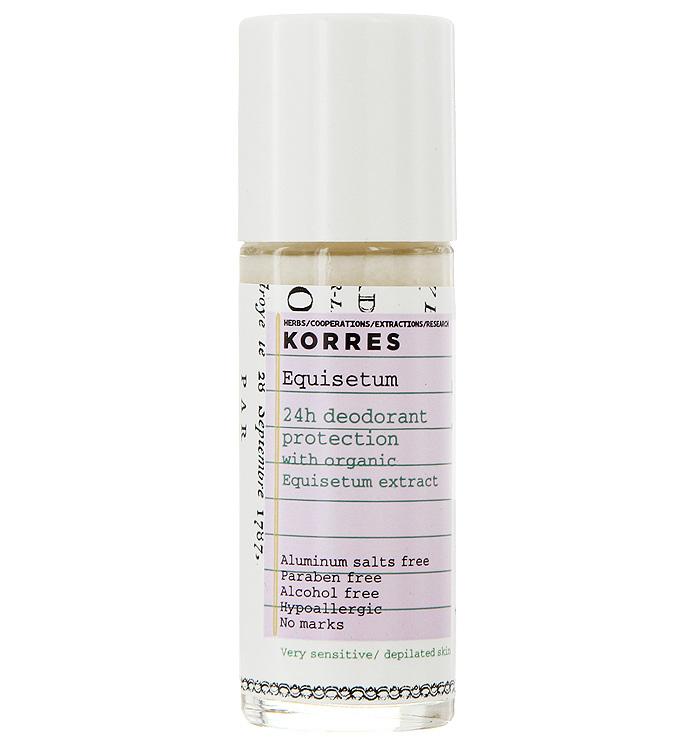 Korres Дезодорант шариковый с экстрактом хвоща, для очень чувствительной кожи, 30 мл5203069043147Без солей алюминия, без парабенов, без спирта, гипоаллергенный, не оставляет следов. Подходит для кожи после депиляции. Дезодорант, который обеспечивает комфорт чувствительной кожи на 24 часа. Входящие в состав натуральные активные компоненты и экстракт хвоща обеспечивают эффективную защиту от неприятного запаха. Активный компонент ромашки – бисаболол – предотвращает появление раздражений, смягчая и увлажняя кожу. • Липоаминоксилота – удаляет нежелательную флору, вызывающую неприятные запахи (продукт биотехнологий) • Хвощ – обладает антибактериальными, дезинфицирующим, ранозаживляющим, вяжущим свойствами • Бисабол – устраняет раздражения, обладает противовоспалительным действием • Другие противомикробные вещества, 100% растительного происхождения, оказывают мощное воздействие на бактерии, вызывающие нежелательные запахи • Полисахариды кукурузы – матирующий эффект Наносить каждый день утром и/или вечером на чистую, сухую кожу.