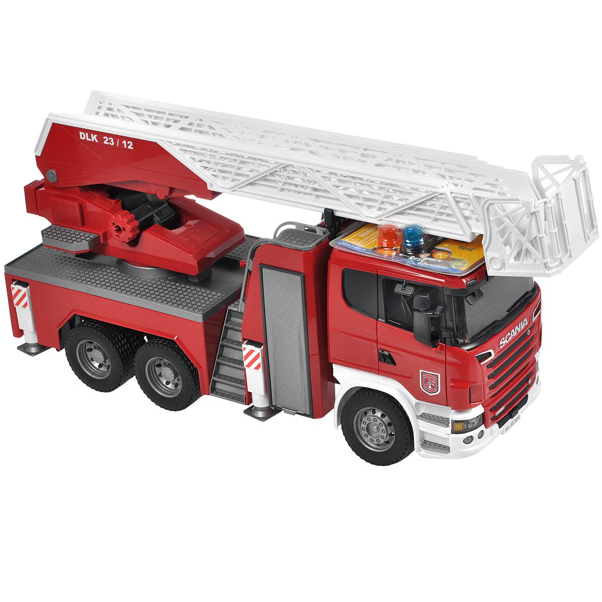 Bruder Пожарная машина Scania bruder пожарная машина mack с выдвижной лестницей и помпой bruder