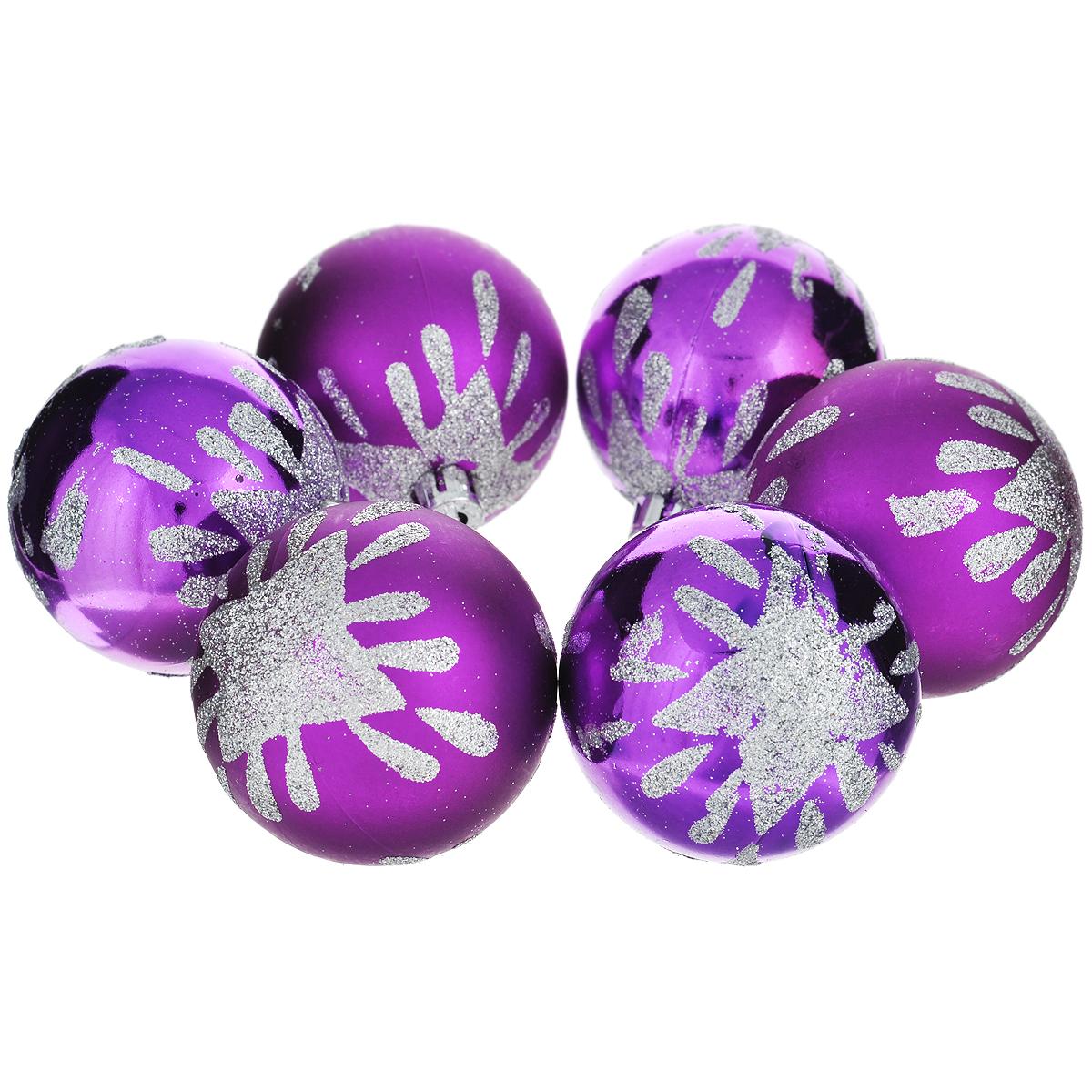 Набор новогодних подвесных украшений Шар, цвет: фиолетовый, диаметр 6 см, 6 шт. 35524 набор новогодних подвесных украшений феникс презент ассорти цвет красный диаметр 6 см 6 шт