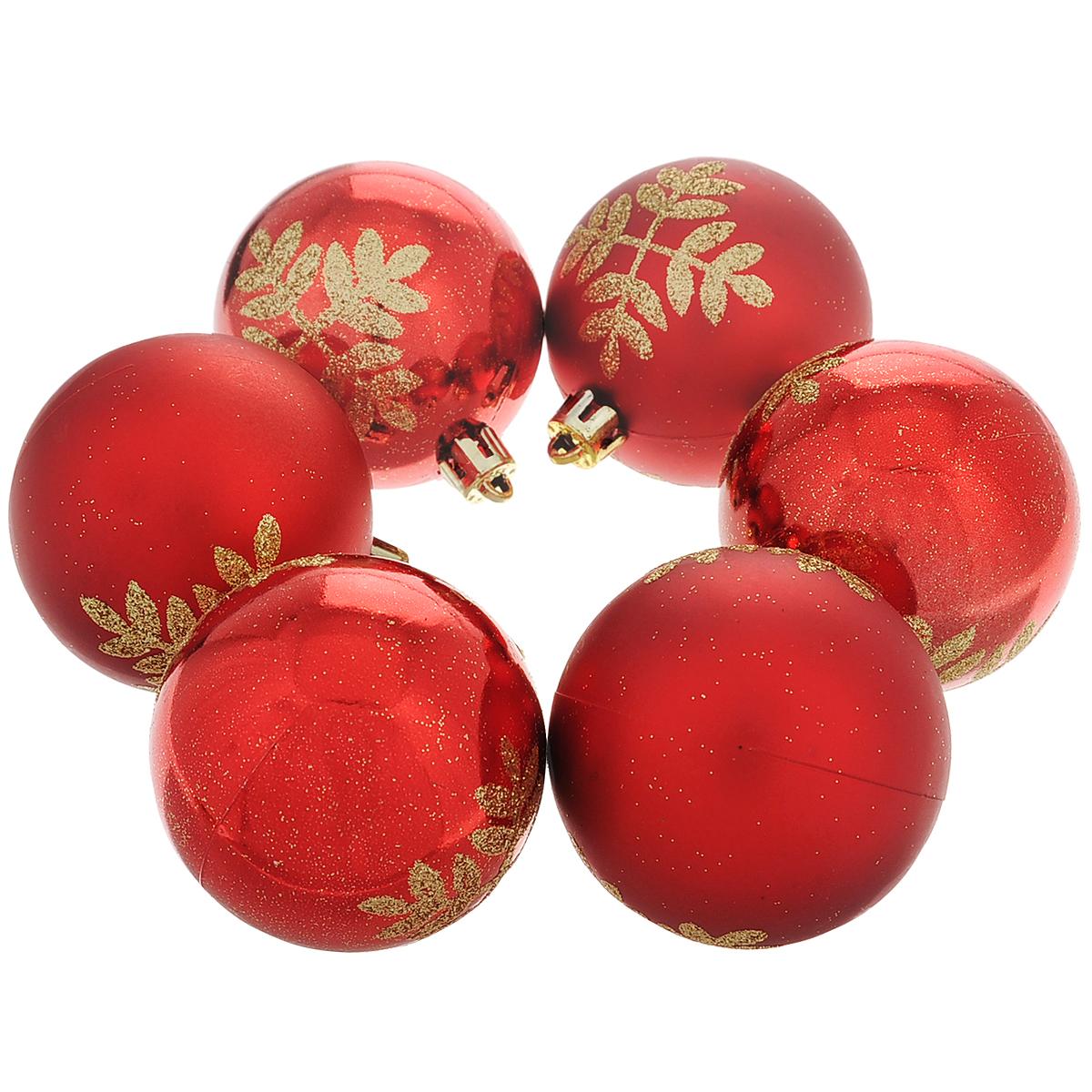 Набор новогодних подвесных украшений Шар, цвет: красный, золотистый, диаметр 6 см, 6 шт. 35508 набор подвесных новогодних украшений шары цвет золотистый красный 6 шт 26270