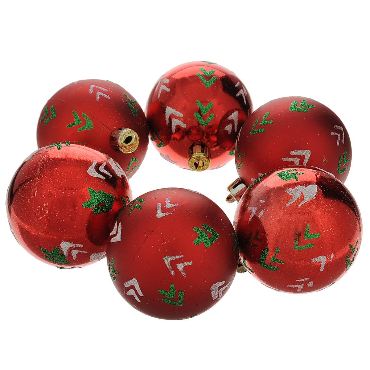 Набор новогодних подвесных украшений Шар, цвет: красный, зеленый, диаметр 6 см, 6 шт. 35509 набор новогодних подвесных украшений феникс презент ассорти цвет красный диаметр 6 см 6 шт