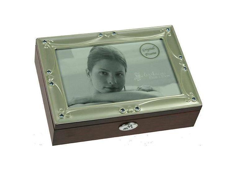 цена на Шкатулка ювелирная Moretto, цвет: коричневый, 18 см х 13 см х 5 см. 39801