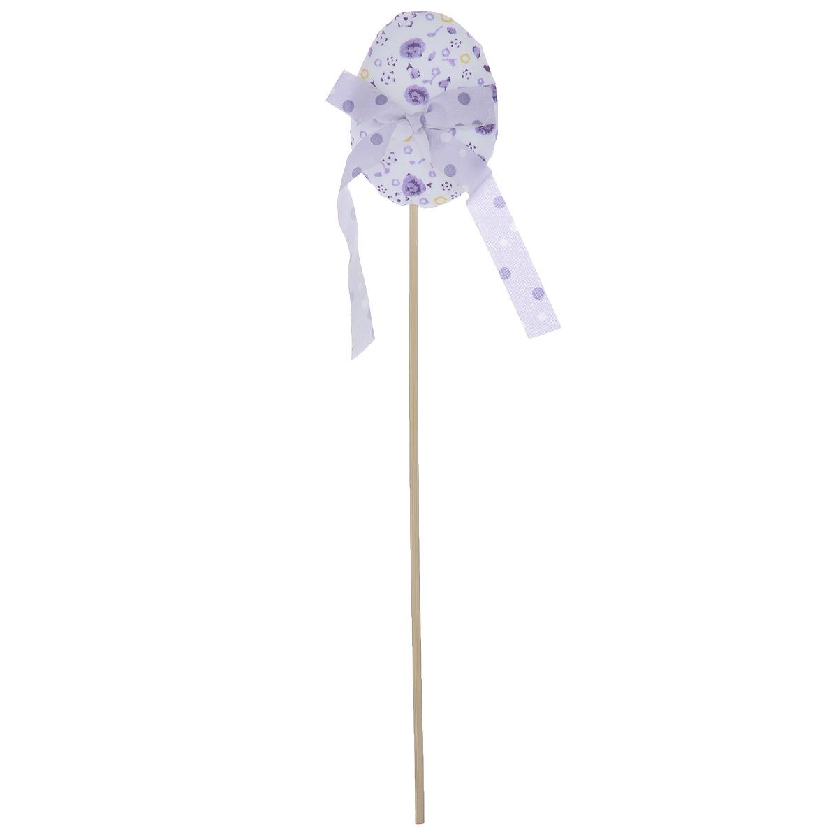 Декоративное пасхальное украшение на ножке Home Queen Яйцо с лентой, цвет: сиреневый, белый, высота 26 см украшение на ножке village people приветливая бабочка высота 50 см