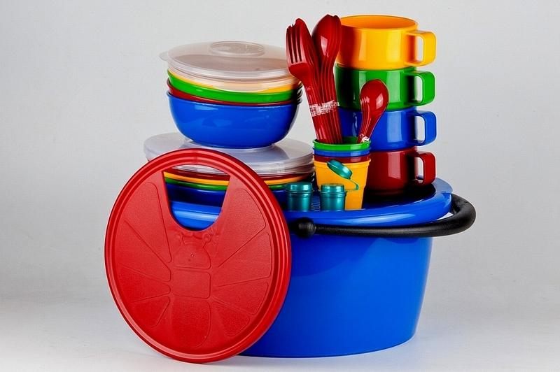 цена на Набор посуды Solaris, в контейнере, на 4 персоны