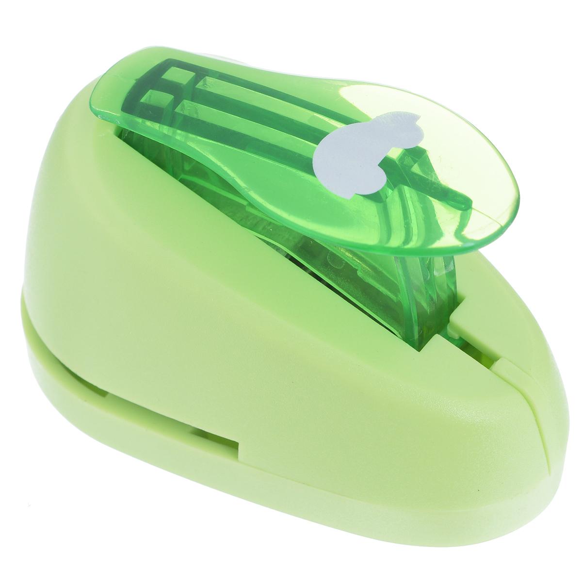 Дырокол фигурный Астра Машинка. CD-99S7709603_68Дырокол Астра Машинка поможет вам легко, просто и аккуратно вырезать много одинаковых мелких фигурок. Режущие части компостера закрыты пластмассовым корпусом, что обеспечивает безопасность для детей. Вырезанные фигурки накапливаются в специальном резервуаре. Можно использовать вырезанные мотивы как конфетти или для наклеивания. Дырокол подходит для разных техник: декупажа, скрапбукинга, декорирования. Размер дырокола: 7 см х 4 см х 5 см. Размер готовой фигурки: 1,5 см х 1 см.