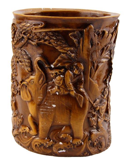 """Подставка для ручек и карандашей """"Отшельники"""" в тибетском стиле. Искусственный камень, резьба. Китай, конец XX века"""