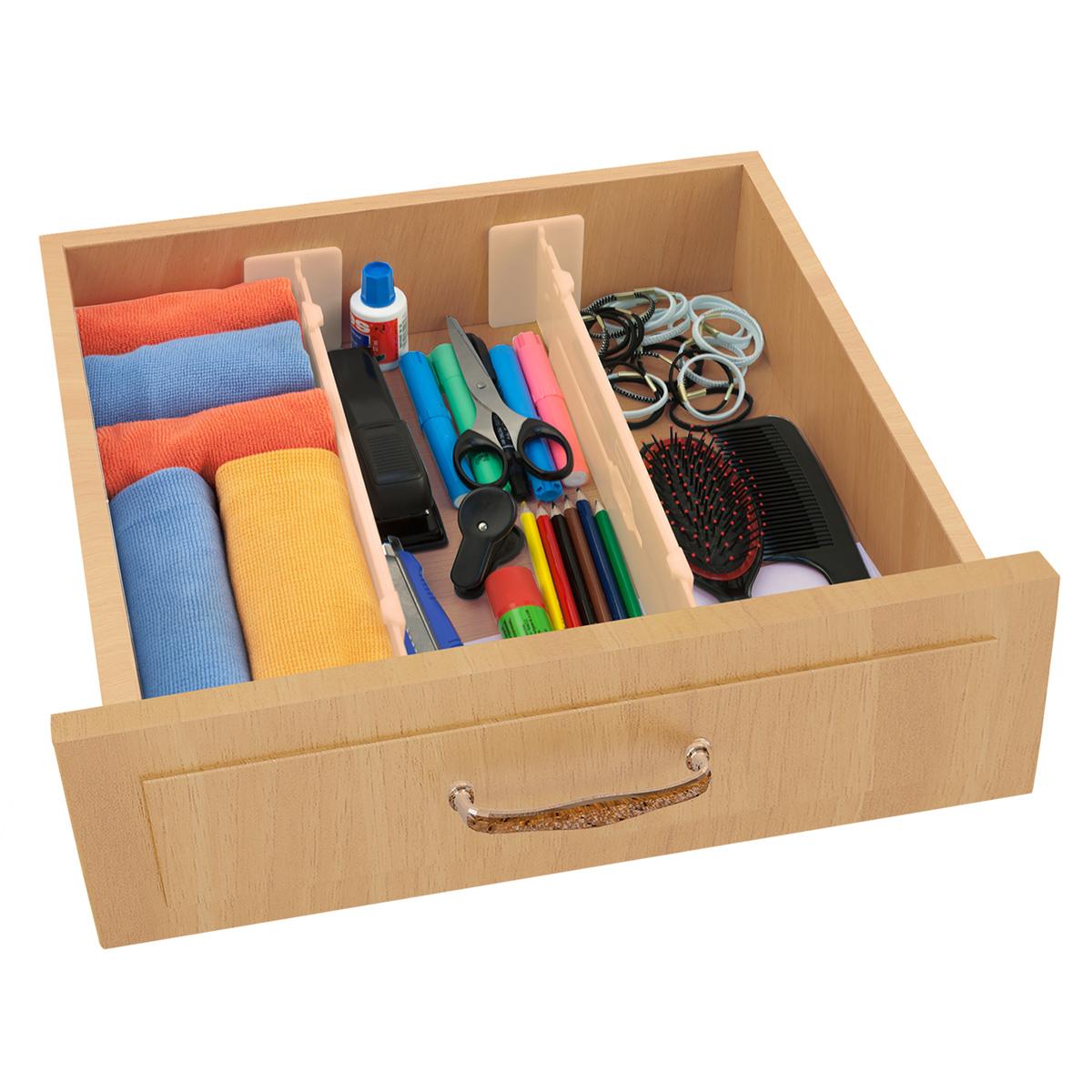 Разделители для ящиков Valiant, раздвижные, длина 33-55 см, 2 штORG-2Разделители для ящиков Valiant предназначены для организации пространства внутри мебельных ящиков и обеспечивают идеальный порядок, а также удобный доступ к содержимому. Теплый бежевый цвет идеально сочетается с популярной мебелью под дерево. Разделители изготовлены из высококачественного пластика, что обеспечивает их длительное использование. Для надежной фиксации предусмотрены специальные мягкие накладки. Разделители можно регулировать по длине. Подходят для любых ящиков высотой от 9 см. Размер разделителя: 33-55 см х 8,8 см. Рекомендуем!
