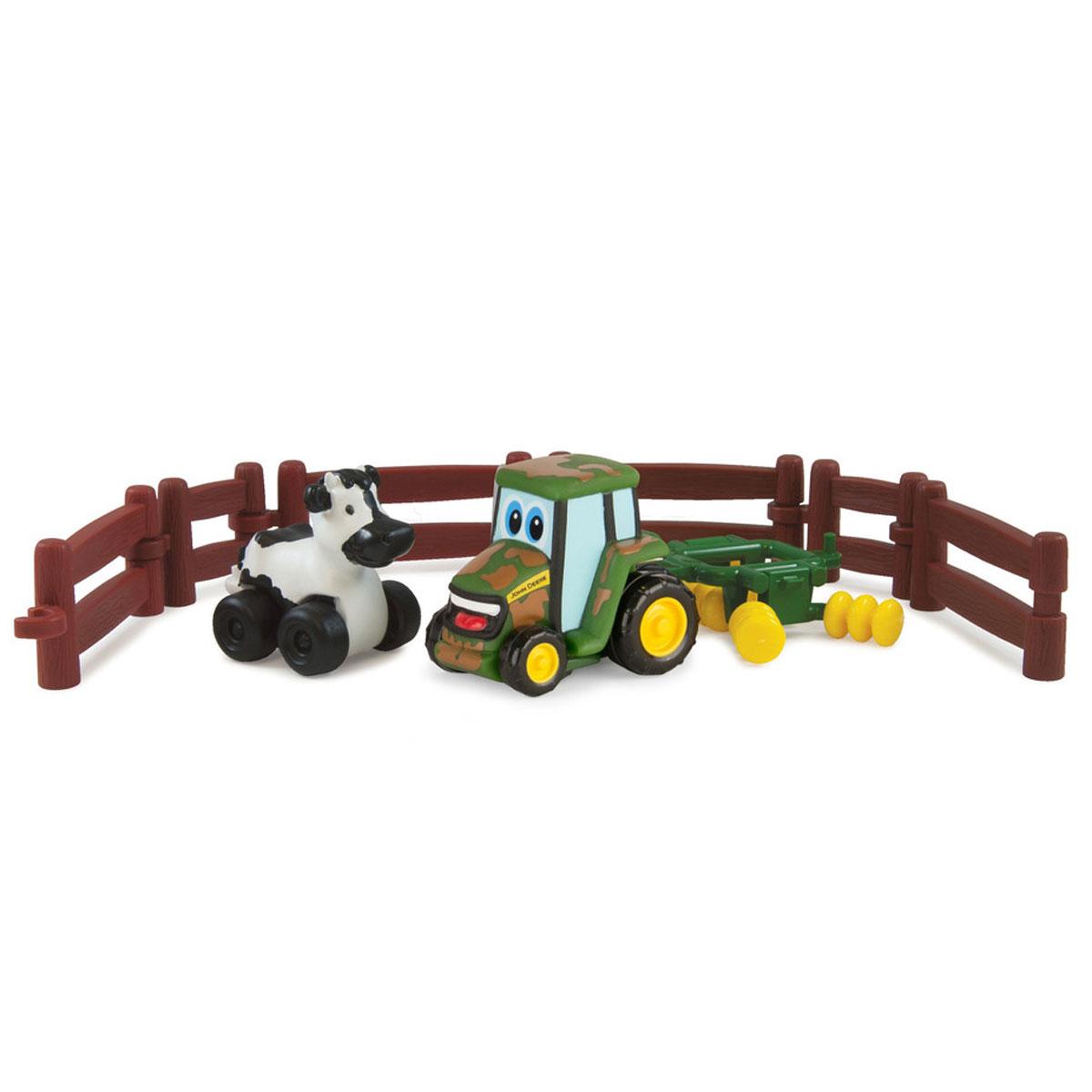Tomy Игровой набор Приключения трактора Джонни и его друзей на ферме. Корова