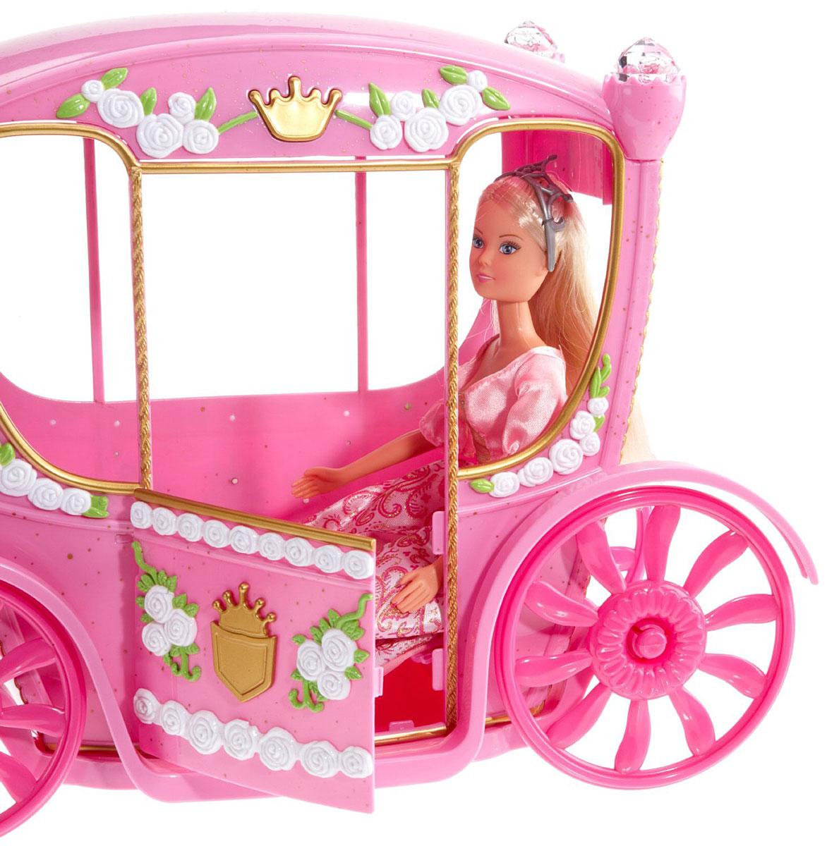 выборе кукла с каретой начинайте обматывать