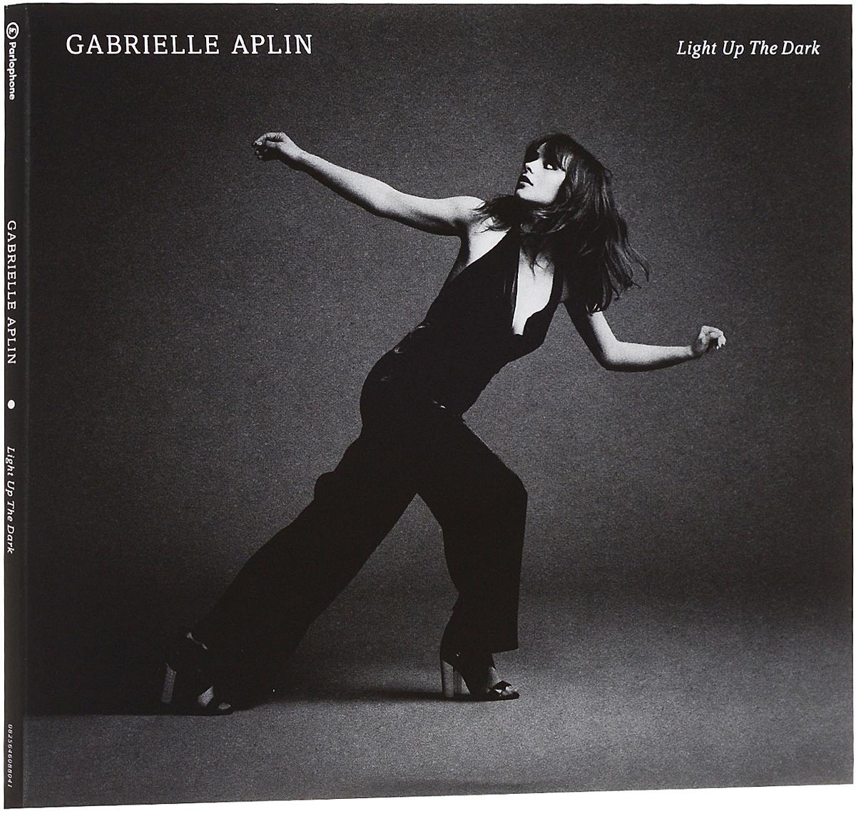 купить Габриель Эплин Gabrielle Aplin. Light Up The Dark. Deluxe Edition (2 CD) по цене 891 рублей