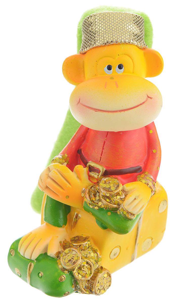 Сувенир Sima-land Обезьянка в колпаке на подарке, высота 9 см подсвечник декоративный sima land обезьянка в шарфике на шаре высота 13 3 см
