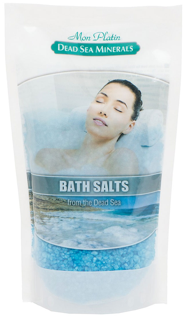 Соль для ванны Mon Platin DSM84, 500DSM84Натуральная соль Мертвого моря с ароматическими маслами содержит единственный в мире минеральный состав, который благоприятно влияет как на кожу, так и на состояние организма в целом. Практически все элементы таблицы Менделеева представлены в составе соли Мертвого моря. Высокая концентрация магния, калия, кальция, брома, йода оказывают общеукрепляющее действие. Способствует регенерации кожи, делает её более упругой и улучшает тургор, улучшает кровообращение, укрепляет стенки сосудов, заживляет раны, активно участвует в обменных процессах. Натуральные масла розы, жасмина, лемонграсса и сосны, входящие в состав соли, смягчают, увлажняют, тонизируют и питают кожу, снимают усталость и стресс.