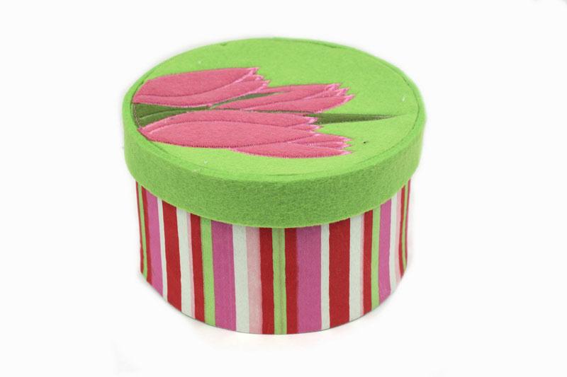 Декоративное украшение RTO Шкатулка, цвет: светло-зеленый, розовый, диаметр 17,5 см декоративное пасхальное украшение на ножке home queen роскошное цвет зеленый высота 27 см