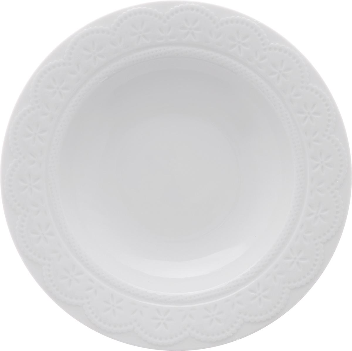 Тарелка суповая Walmer Charlotte, цвет: белый, диаметр 22 смW07330022Суповая тарелка Walmer Charlotte, выполненная из высококачественного фарфора, декорирована рельефным орнаментом. Изящный дизайн придется по вкусу и ценителям классики, и тем, кто предпочитает утонченность. Суповая тарелка Walmer Charlotte, идеально подойдет для сервировки стола и станет отличным подарком к любому празднику. Можно использовать в микроволновой печи и мыть в посудомоечных машинах.