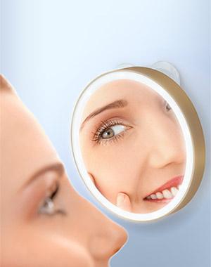 купить Gezatone Зеркало косметологическое 10x, с подсветкой, золотое LM100 по цене 1590 рублей