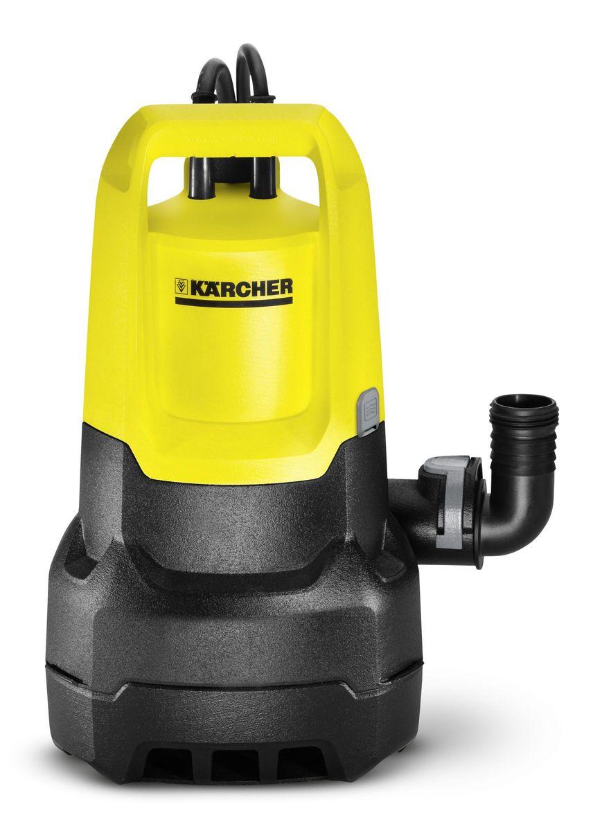 Погружной насос Karcher SP 5 Dirt1.645-503.0Погружной насос Karcher SP 5 Dirt предназначен для работы с грязной водой с частицами примесей до 20 мм. Применяется для откачки воды из садовых прудов и в подтопленных местах. Дополнительный фильтр предварительной очистки (опция) защищает насос от попадания чрезмерно крупных частиц. Регулируемый по высоте поплавковый выключатель позволяет откачивать воду в автоматическом режиме. Керамическое контактное уплотнительное кольцо с масляной камерой значительно продлевает срок службы насоса. Удобная функция Quick Connect позволяет быстро подсоединять шланг диаметром 1 1/4. Датчик уровня с плавной регулировкой увеличивает гибкость в установках для автоматического включения/отключения насоса и предотвращает работу всухую. Удобная ручка для переноски позволяет удобно держать прибор, ее также можно использовать как держатель для проводов. Конструктивные особенности: - Удобная ручка для переноски - Система Quick Connect для быстрого подключения - Переключение между ручным/автоматическим режимом - Возможность зафиксировать поплавковый выключатель - Настройка высоты для комфортного использования Технические характеристики: Максимальная производительность: 9500 л/ч. Максимальное давление: 0,7 бар. Максимальная высота подачи: 7 м. Максимальный размер твердых частиц: 20 мм. Остаточный уровень воды: 25 мм. Вес без аксессуаров: 4,65 кг. Соединительная резьба: G1.