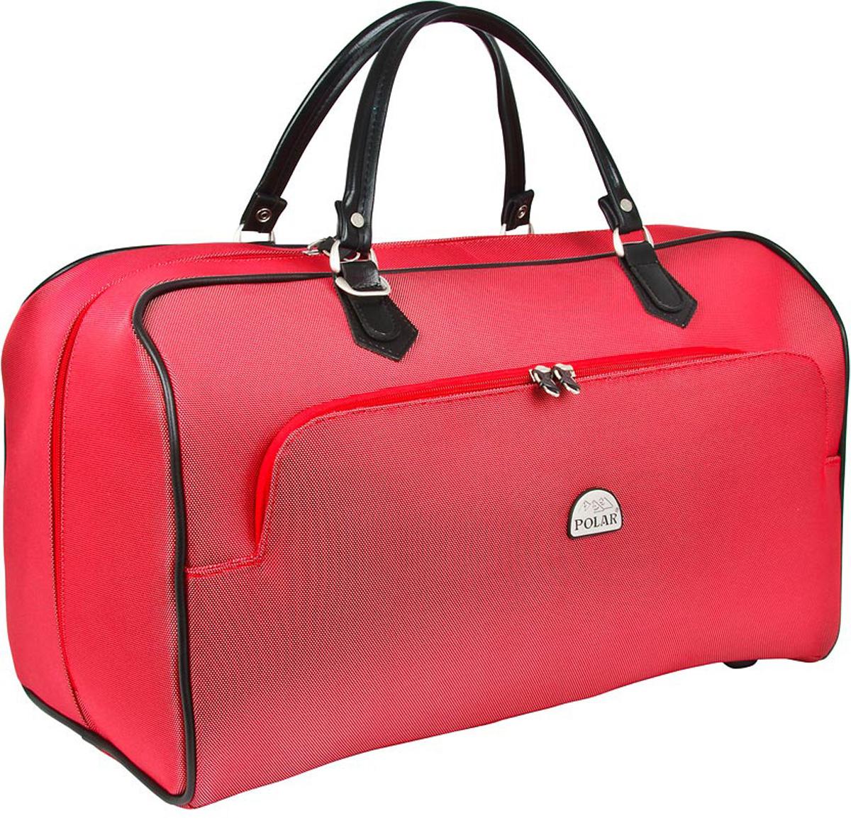 Сумка дорожная Polar, цвет: красный, 47 л. 70517051Стильная дорожная сумка Polar выполнена из кордура. Сумка имеет одно вместительное отделение, закрывающееся на двухстороннюю застежку-молнию. Стенки и дно - жесткие. Внутри - один большой карман на молнии. Снаружи - большой карман на молнии. Ручки отделаны искусственной кожей. В комплекте есть съемный, регулируемый плечевой ремень.