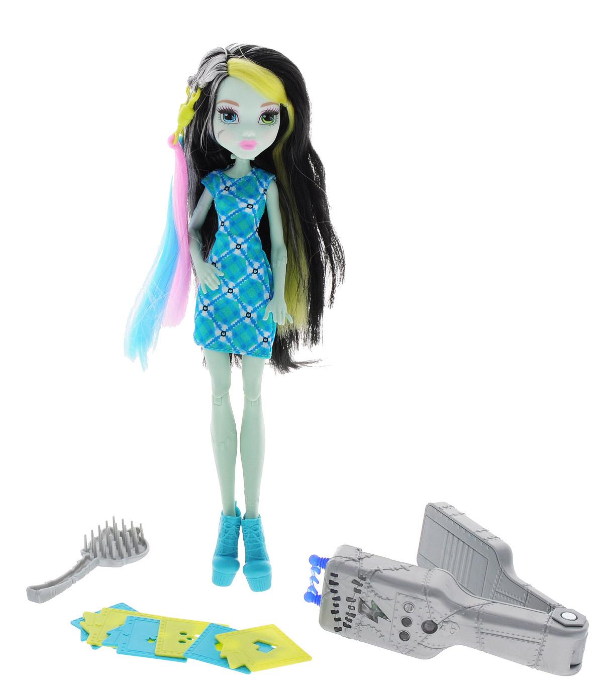 Monster High Игровой набор с куклой Стильная прическа Фрэнки