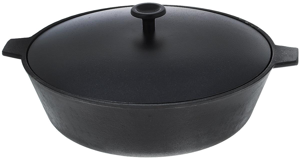Сковорода чугунная Добрыня, с крышкой. Диаметр 28 см. DO-3323DO-3323Сковорода Добрыня, изготовленная из натурального экологически безопасного чугуна, оснащена двумя ручками и алюминиевой крышкой. Чугун является одним из лучших материалов для производства посуды. Его можно нагревать до высоких температур. Он очень практичный, не выделяет токсичных веществ, обладает высокой теплоемкостью и способен служить долгие годы. Такая сковорода замечательно подойдет для приготовления жаренных и тушеных блюд. Подходит для всех типов плит, включая индукционные. Не рекомендуется мыть в посудомоечной машине. Диаметр сковороды (по верхнему краю): 28 см. Ширина сковороды (с учетом ручек): 33,5 см. Диаметр индукционного диска: 19 см. Высота стенки: 8,5 см. Уважаемые клиенты! Для сохранения свойств посуды из чугуна и предотвращения появления ржавчины чугунную посуду мойте только вручную, горячей или теплой водой, мягкой губкой или щёткой (не металлической) и обязательно вытирайте насухо. Для хранения смазывайте внутреннюю поверхность посуды растительным маслом, а перед следующим применением хорошо накалите посуду. Рекомендуем!