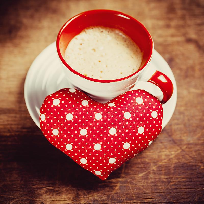 Картинка со спины с кофе
