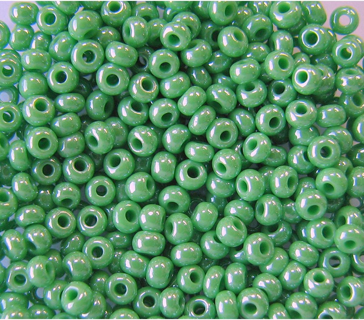 """Бисер """"Preciosa"""", непрозрачный, глянцевый, цвет: светло-зеленый (58210), 10/0, 5 г"""