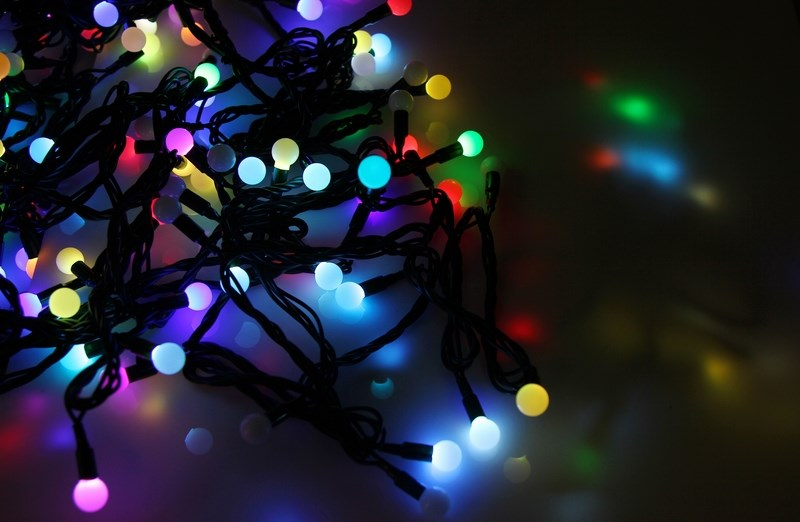 Гирлянда Neon-Night Мультишарики, светодиодная, 100 LED, диаметр 17,5 мм, 10 м электрогирлянда большие разноцветные мультишарики 100 led ламп snowhouse
