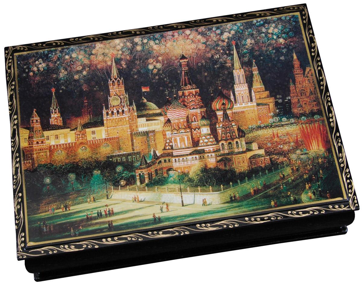 Кремлина Салют чернослив шоколадный с грецким орехом в шкатулке, 150 г кремлина гагарин ю а чернослив шоколадный с грецким орехом конфеты 150 г