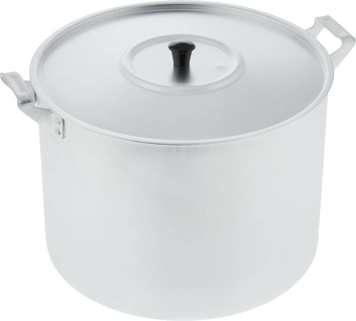Кастрюля Scovo с крышкой, 10 лМТ-085Кастрюля Scovo с крышкой изготовлена из алюминия с полированной поверхностью. Посуда с полированной поверхностью медленно остывает, долго сохраняя тепло, поэтому идеально подходит для кипячения молока, воды, приготовления супов, каш. Кастрюля подходит для использования на всех типах плит, кроме индукционных. Можно мыть в посудомоечной машине. Алюминиевая посуда - это давно проверенная классика. Долговечная и недорогая, алюминиевая посуда не обладает привлекательным внешним видом, но может пережить многие испытания и не понести потерь. Даже деформация корпуса, в принципе, не влияет на дальнейший процесс приготовления пищи. Полированную алюминиевую посуду не рекомендуется мыть абразивными моющими средствами с использованием жестких щеток и других твердых материалов. Такая посуда пригодится не только дома, но и станет незаменимой в походах или поездках за город. Диаметр кастрюли (по верхнему краю): 26 см. Высота стенки: 19 см. Объем кастрюли: 10 л. Рекомендуем!