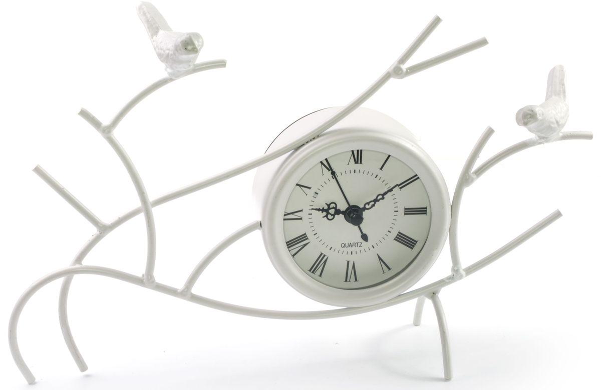 Часы настольные Miralight Птицы на веткахML-1366 White Часы настольные белые Птицы на веткахНастольные часы Miralight Птицы на ветках оформлены композицией в виде веток с двумя птицами. Корпус часов изготовлен из металла и пластика. Циферблат оформлен римскими цифрами, имеет 3 стрелки - часовую, минутную, секундную и защищен стеклом. Питание осуществляется от одной батарейки типа АА (не входит в комплект). Оригинальный дизайн будильника впишется в любую обстановку.Часы могут стать уникальным, полезным подарком для родственников, коллег, знакомых и близких. Диаметр циферблата: 7 см.