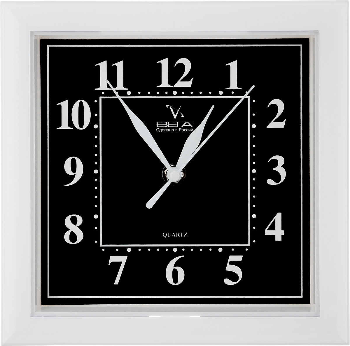 Часы настенные Вега Классика, цвет: белый, черный, 20,6 х 20,6 х 4 см часы настенные вега классика цвет белый