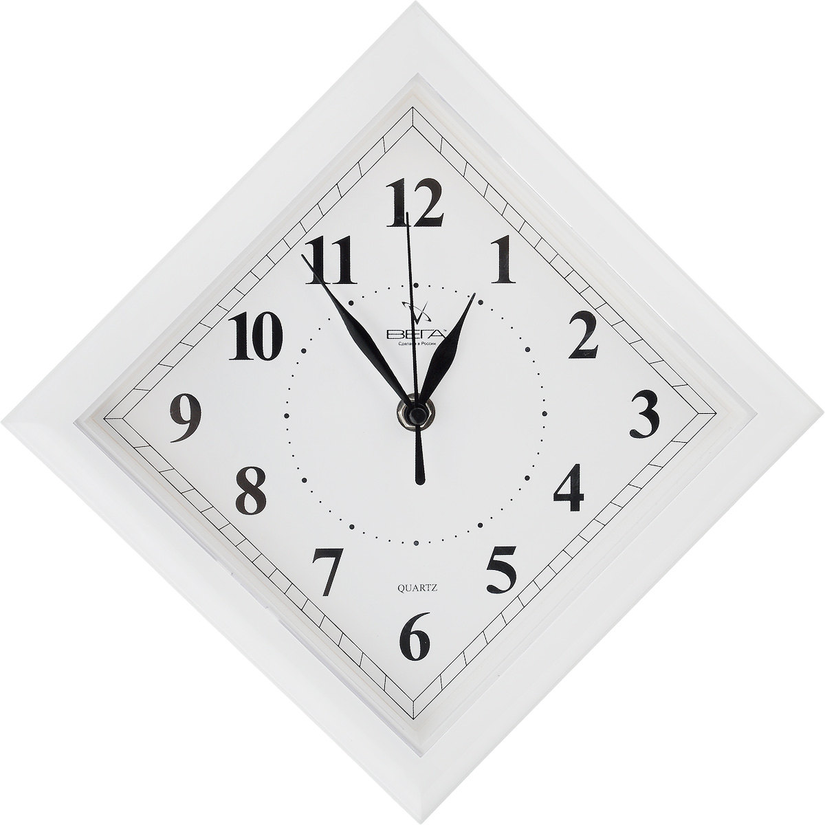 Часы настенные Вега Классика. Ромб, цвет: белый, 20,6 х 20,6 х 4 см часы настенные вега классика цвет белый