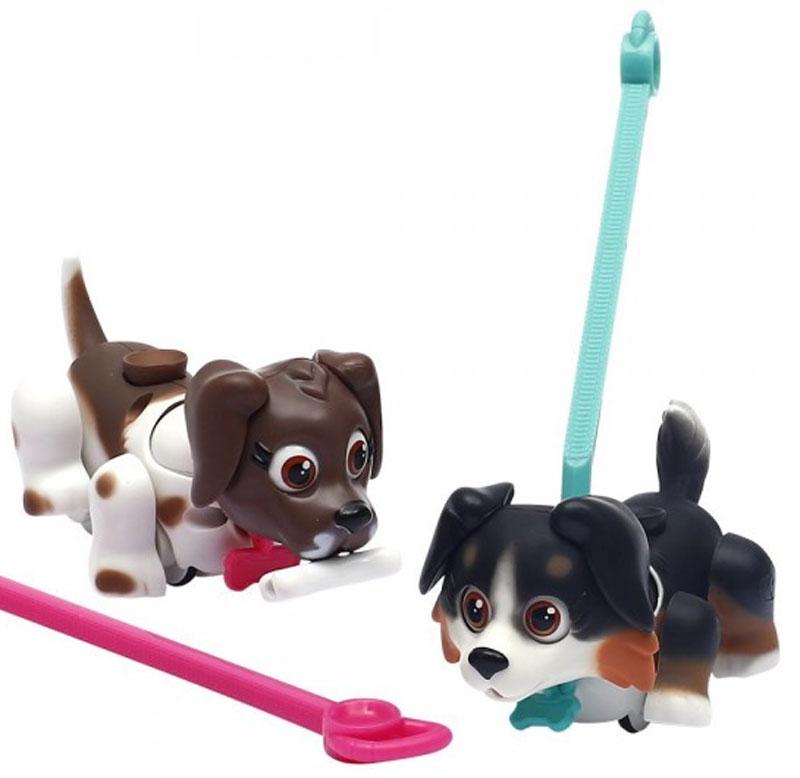 купить Pet Club Parade Набор фигурок Собачки с косточками и поводками недорого