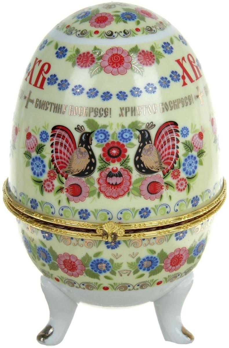 Яйцо-шкатулка Sima-land Хохлома, 15 х 10 х 10 см740452Яйцо-шкатулка Хохлома, керамика, деколь – это не только символичный, но и очень полезный подарок на светлый праздник Пасхи. Она изготовлена из керамики, вся покрыта разноцветной росписью, выполненной в технике деколь, и золотистыми вставками. Благодаря уникальному дизайну, пасхальным надписям и заложенному в шкатулку смыслу она приятно удивит Ваших близких и друзей. История дарения таких яиц-шкатулок берет свое начало с известнейшего ювелира Карла Фаберже, который начал изготовлять ювелирные яйца с сюрпризом для императорского дома. Обычай преподносить такие подарки близким – это возрождение императорской традиции. Такой подарок воистину является привычным для Пасхи. Яйца-шкатулки порадуют своим великолепием, функциональными особенностями и оригинальной подарочной упаковкой. Такой «царский» сувенир приятно дарить и получать!