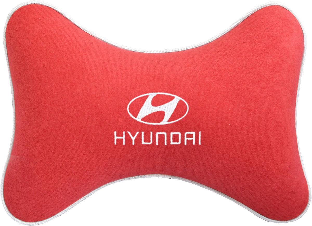 Подушка на подголовник Auto Premium Hyundai, цвет: красный. 37467 цена