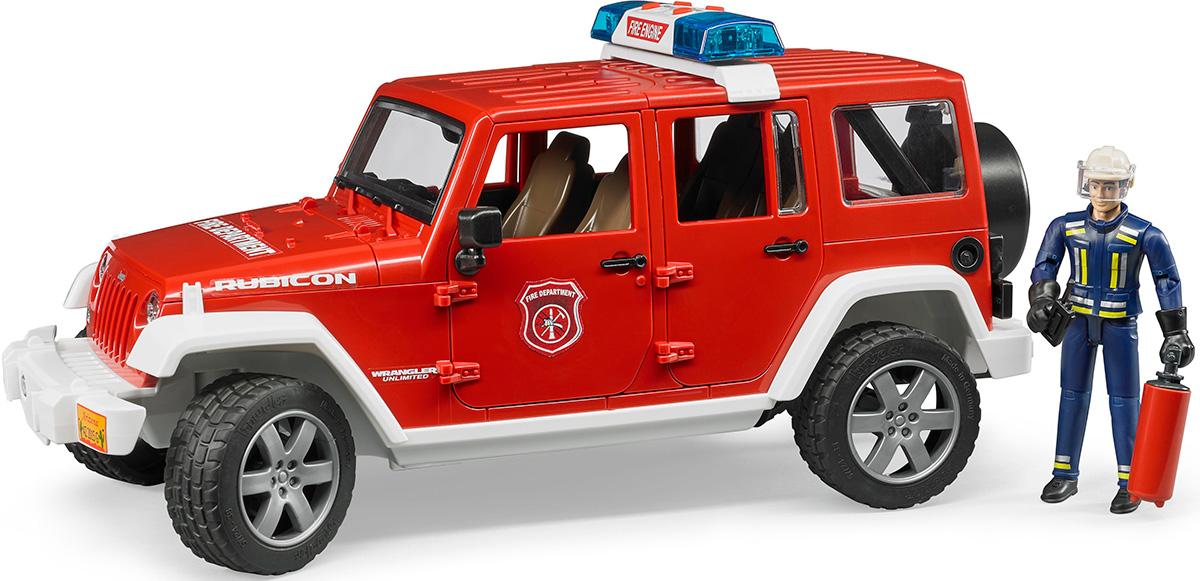 Bruder Внедорожник Jeep Wrangler Unlimited Rubicon Пожарная с фигуркой bruder внедорожник jeep wrangler unlimited rubicon c прицепом платформой и колёсным мини погрузчиком cat 02 925