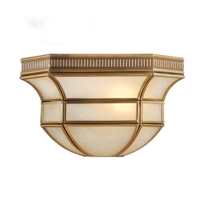 цена на Настенный светильник Chiaro Маркиз 397020301