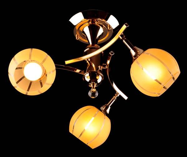 Потолочная люстра Eurosvet 3353/3 золото/желтый люстра потолочная eurosvet 3353 3 золото желтый