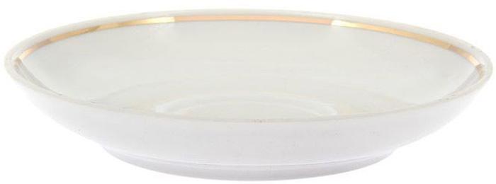 Блюдце Дулевский Фарфор Унифицированный. Отводка золотом, диаметр 14 см салатник дулевский фарфор отводка золотом квадратный 550 мл