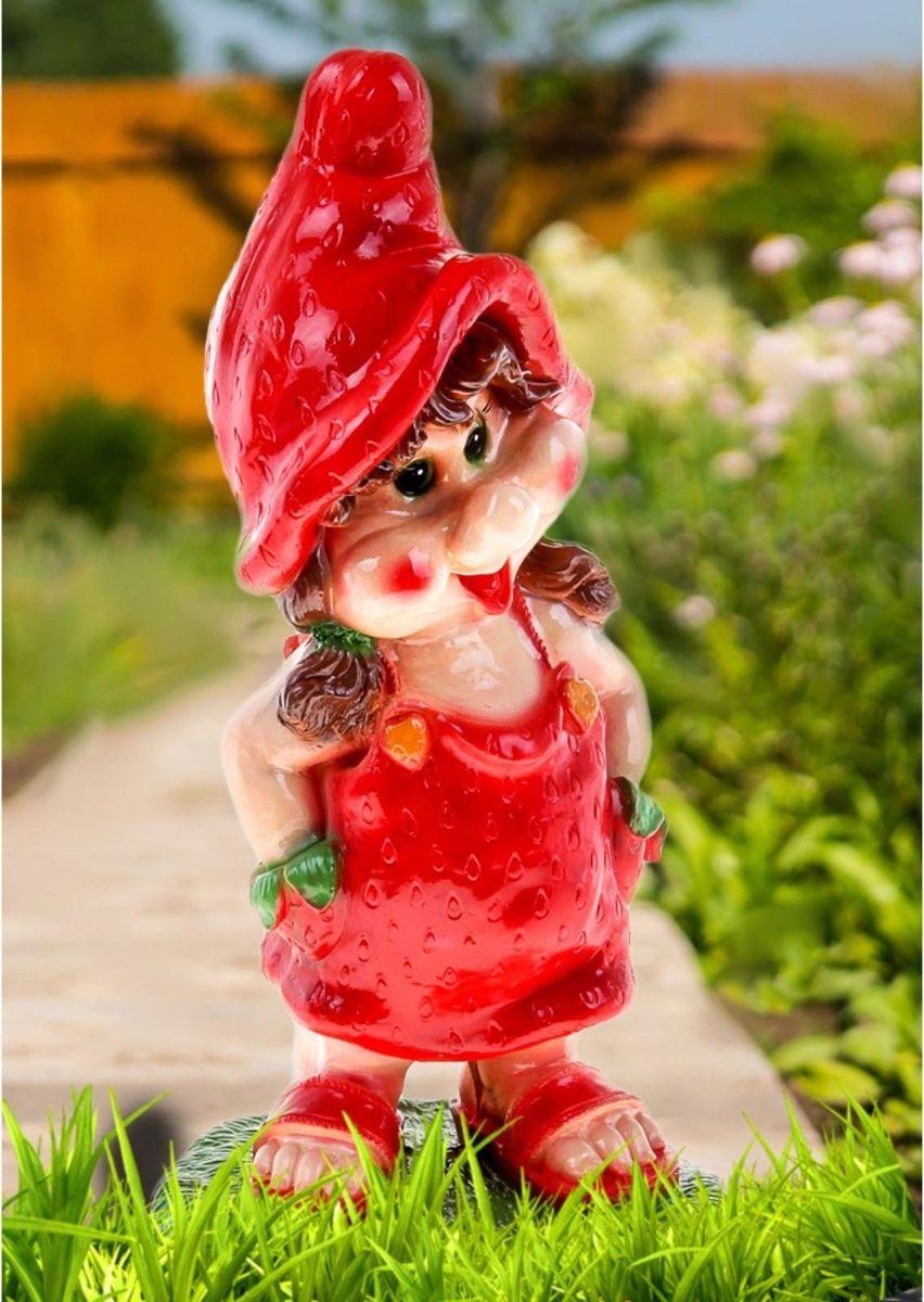 Фигура садовая Гномиха-клубничка, 23 х 27 х 58 см printio шапка клубничка