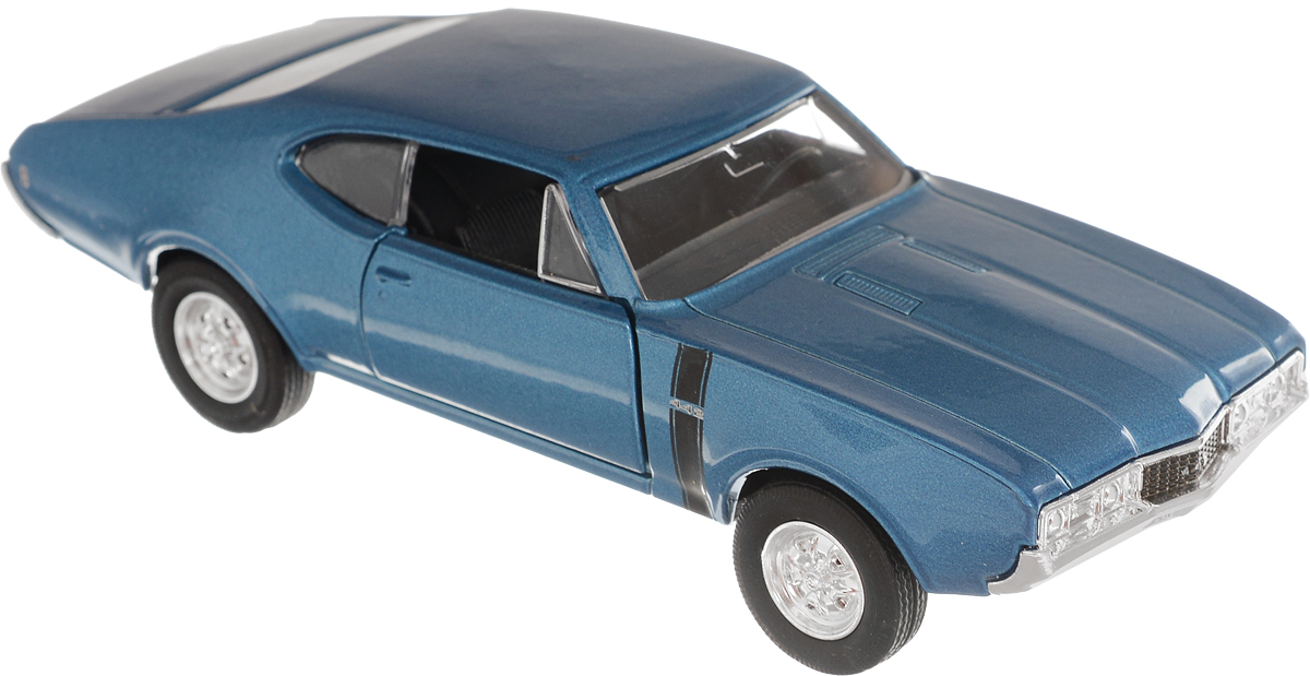 Welly Модель автомобиля Oldsmobile 442 1968 цвет голубой43711_голубойМодель автомобиля Welly Oldsmobile 442 1968 - отличный подарок как ребенку, так и взрослому коллекционеру. Благодаря броской внешности, а также великолепной точности, с которой создатели этой модели масштабом 1:34-39 передали внешний вид винтажного автомобиля, модель станет подлинным украшением любой коллекции авто. Машина будет долго служить своему владельцу благодаря металлическому корпусу с элементами из пластика. Дверцы машины открываются, резиновые шины обеспечивают отличное сцепление с любой поверхностью пола. Модель автомобиля выполнена с инерционным механизмом. Такая модель станет замечательным подарком не только любителю автомобилей, но и человеку, ценящему оригинальность и изысканность, а качество исполнения представит такой подарок в самом лучшем свете.