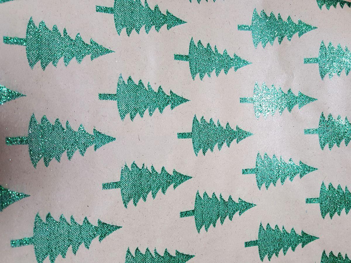 """Крафт бумага Magic Time """"Зеленые елочки"""", немелованная, 100 х 70 см"""