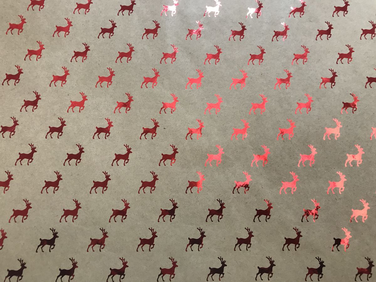 """Крафт бумага Magic Time """"Красные олени"""", немелованная, 100 х 70 см"""