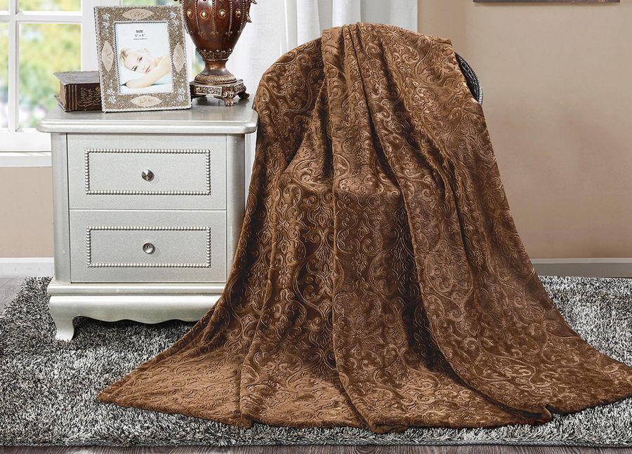 Плед ТД Текстиль Absolute, цвет: коричневый, 180 х 220 см. 9039390393Плед ТД Текстиль Absolute - это идеальное решение для вашего интерьера! Он порадует вас легкостью, нежностью и оригинальным дизайном! Плед выполнен из 100% полиэстера. Полиэстер считается одной из самых популярных тканей. Это материал синтетического происхождения из полиэфирных волокон. Внешне такая ткань схожа с шерстью, а по свойствам близка к хлопку. Изделия из полиэстера не мнутся и легко стираются. После стирки очень быстро высыхают. Плед - это такой подарок, который будет всегда актуален, особенно для ваших родных и близких, ведь вы дарите им частичку своего тепла!