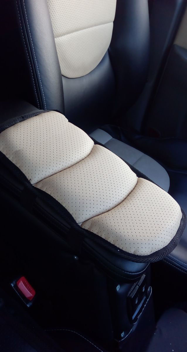 """Подушка на подлокотник """"Auto Premium"""", цвет: бежевый. 77176"""