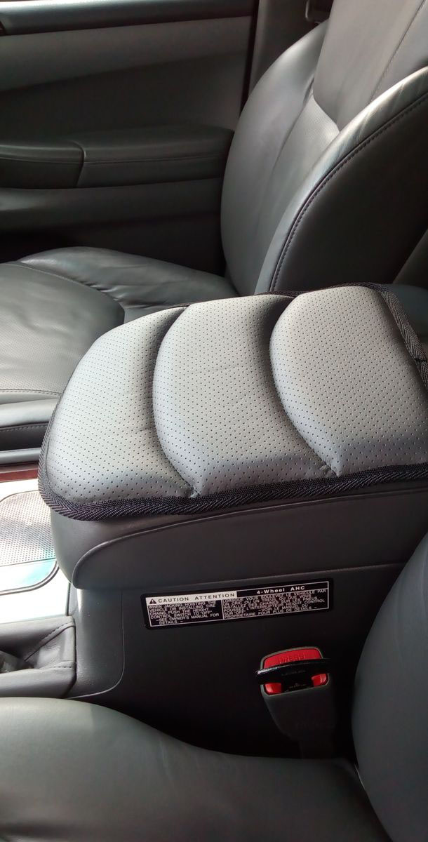 "Подушка на подлокотник ""Auto Premium"", цвет: серый. 77179"