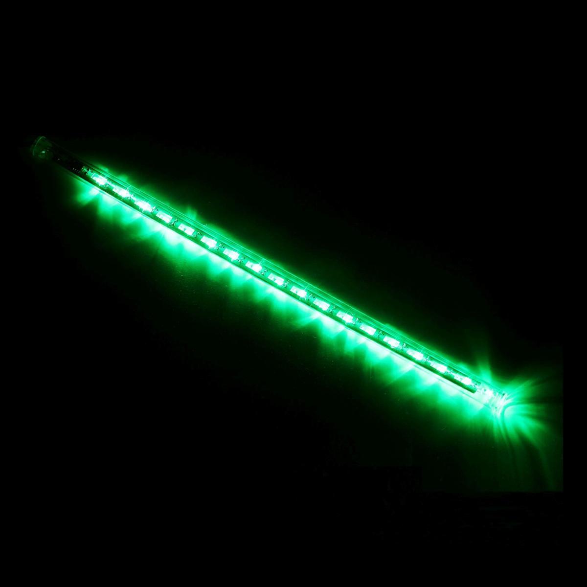 Светодиодная сосулька Luazon Тающая, длина 0,3 м, диаметр 2 см, LED 18 ламп, 220V, цвет: зеленый678895Светодиодные гирлянды, ленты и т.д — это отличный вариант для новогоднего оформления интерьера или фасада. С их помощью помещение любого размера можно превратить в праздничный зал, а внешние элементы зданий, украшенные ими, мгновенно станут напоминать очертания сказочного дворца. Такие украшения создают ауру предвкушения чуда. Деревья, фасады, витрины, окна и арки будто специально созданы, чтобы вы украсили их светящимися нитями.