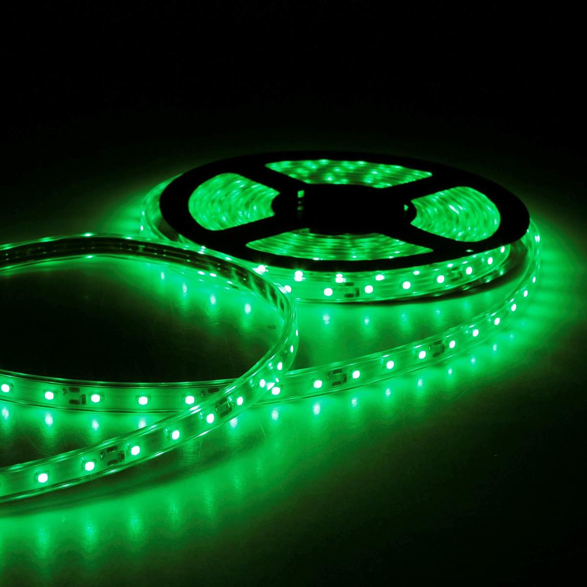 Светодиодная лента Sima-land, 12В, SMD3528, длина 5 м, IP68, 60 LED ламп, 4.8 Вт/м, 6-7 Лм/1 LED, DC, цвет: зеленый светодиодная лента luazon 12в smd3528 длина 5 м ip68 60 led ламп 4 8 вт м 6 7 лм 1 led dc цвет фиолетовый