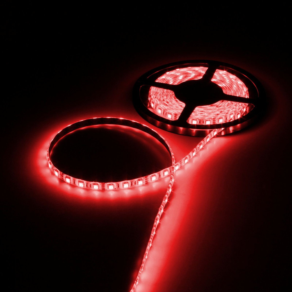 Светодиодная лента Luazon, 12В, SMD5050, длина 5 м, IP65, 60 LED ламп, 14.4 Вт/м, 14-16 Лм/1 LED, DC, цвет: красный светодиодная лента luazon 12в smd3528 длина 5 м ip68 60 led ламп 4 8 вт м 6 7 лм 1 led dc цвет фиолетовый