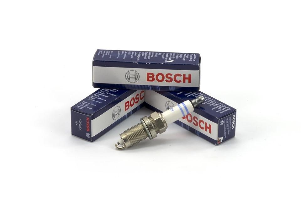 Свеча зажигания Bosch 02422360242236